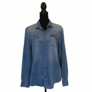 Calvin Klein longsleeve denim button front shirt
